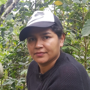 Fairtrade organic coffee grower Junieth
