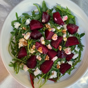 beetroot walnut feta salad